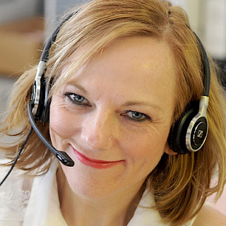 Tanja am Support Desk